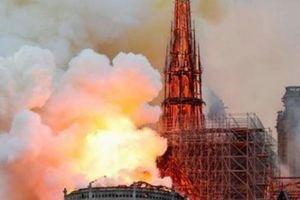Cháy Nhà thờ Đức bà Paris: Nghi do khủng bố?