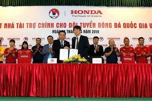 Honda Việt Nam đồng hành cùng các đội tuyển bóng đá Việt Nam