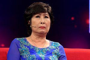 Kim Phương rớt nước mắt kể nỗi đau mất chồng con khi đang diễn trên sân khấu