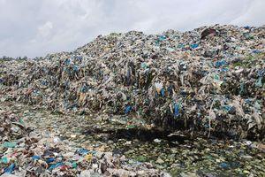 Bất ngờ với thông tin 300 xác thai nhi bỏ theo rác thải trong vòng 7 năm