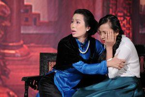 Á hậu Trịnh Kim Chi tiết lộ chuyện kinh doanh sân khấu kịch bị lỗ vốn