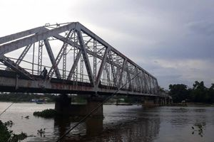 TP.HCM chuẩn bị tháo dỡ cầu sắt Phú Long hình Eiffel hơn 100 tuổi