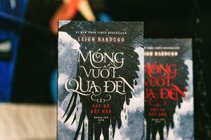 Bí ẩn về 'Móng vuốt quạ đen' được bạn đọc thế giới đón nhận