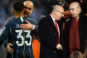 Trong khi linh hồn Man United đang 'thối rữa', thì Man City gieo hạt giống tâm hồn
