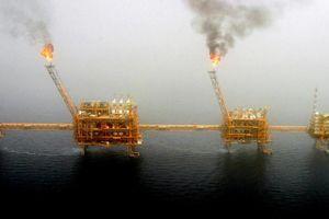 Giá dầu lập đỉnh mới do OPEC có thể không nâng sản lượng