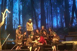 Kịch hát 'Hoa lửa Truông Bồn' miễn phí vé cho 2 nghìn sinh viên