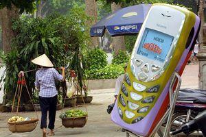 Sự tiến hóa của ĐTDĐ: Từ 'cục gạch' 1kg đến điện thoại thông minh