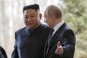 TT Putin phá vỡ thói quen trong cuộc gặp ông Kim Jong Un