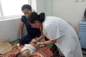 Quảng Ngãi: Gia tăng trẻ em mắc bệnh vì nắng nóng kéo dài