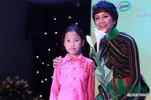 Hoa hậu H'Hen Nie đem yêu thương tới các bệnh nhân tan máu bẩm sinh