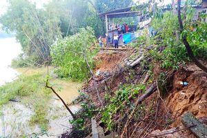 Thừa Thiên Huế: Sông Hương sạt lở nặng, cần gấp rút xây kè