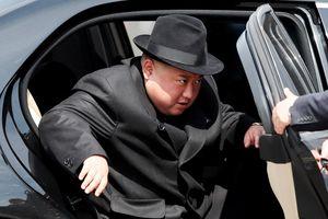 Bí ẩn cách Triều Tiên sắm siêu xe Maybach S600 cho ông Kim Jong Un