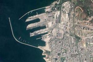 Nga rót tiền vào cảng Tartus: Một vốn bốn lời