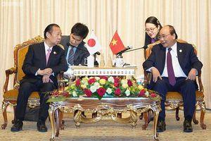Thủ tướng tiếp xúc song phương bên lề Diễn đàn 'Vành đai và Con đường'