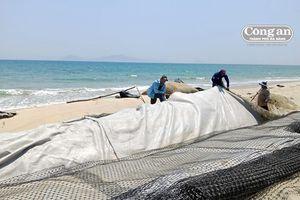 Cần có 2 lớp kè bảo vệ bờ biển Cửa Đại