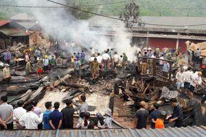 Cháy chợ ở Lai Châu: Nhiều ki ốt bị thiêu rụi