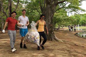 Toàn cầu cùng chạy bộ nhặt rác
