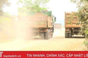 Phạt 126 triệu đồng dàn xe tải 'đại náo' ở Nghi Xuân
