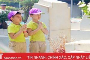 200 học sinh Mầm non Trí Đức về tri ân Ngã ba Đồng Lộc