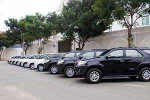 Dịch vụ thuê xe tự lái: 'Cháy' xe, giá tăng cao