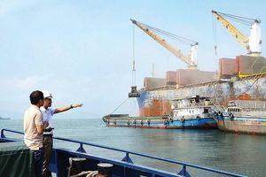 Sáng kiến chuyển tải giải 'nút thắt' đầu tư cảng biển