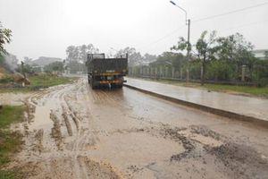 Dự án cải tạo đường ĐT 493B khởi công từ cuối năm 2014 vẫn chưa hoàn thành