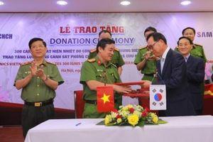 Việt Nam tiếp nhận 300 camera phát hiện nhiệt cứu người trong các vụ cháy