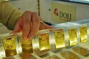 Giá vàng miếng tăng khá mạnh, USD tự do nhảy lên 23.350 đồng