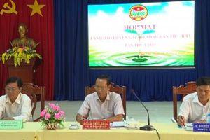 100 nông dân giỏi Phú Tân đối thoại với lãnh đạo tỉnh, huyện