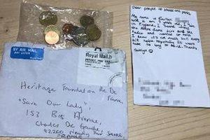 Câu chuyện đáng yêu của bé gái người Anh quyên góp cho Nhà thờ Đức Bà Paris