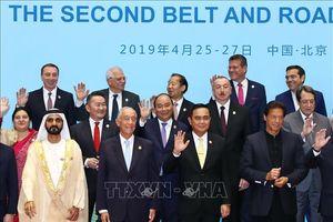 Thủ tướng dự Hội nghị bàn tròn các nhà lãnh đạo tại Diễn đàn 'Vành đai và Con đường'