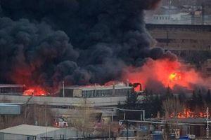 Hỏa hoạn bùng phát, nhà máy sản xuất siêu tên lửa ICBM Sarmat của Nga chìm trong biển lửa