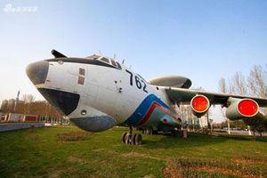 Cận cảnh dàn máy bay làm nên sức mạnh của Không quân Trung Quốc