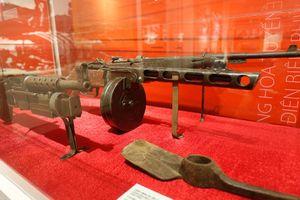Tư liệu, hiện vật quý tại triển lãm 'Dân công hỏa tuyến trong Chiến dịch Điện Biên Phủ'