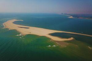 Cồn cát mới xuất hiện ngoài khơi Cửa Đại nhìn từ flycam