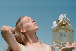 5 mùi hương nước hoa tươi mát giúp bạn 'sống sót' qua mùa nóng