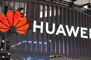 Lộ tin Anh hợp tác Huawei: London cấp tập tìm gián điệp