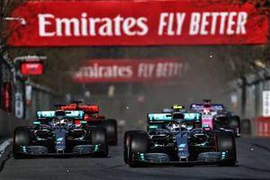 Tay đua Valtteri Bottas giành chiến thắng tại vòng đua Azerbaijan GP