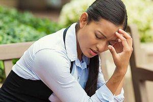 Phân biệt đột quỵ và sốc nhiệt để cứu mạng người khi nguy cấp