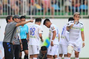 HAGL - Thanh Hóa: Ngày trợ lý HLV Park Hang-seo ra mắt
