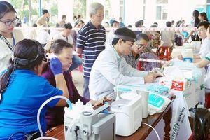 Quảng Ngãi: Tặng 5000 thiết bị trợ thính cho 2500 bệnh nhân
