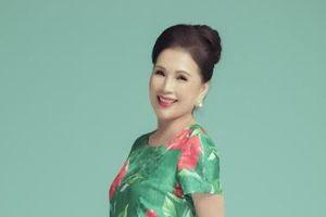 Nghệ sĩ ưu tú Kim Xuân khoe dáng trẻ trung trong bộ ảnh mới