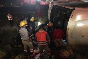 Lật xe khách tại Mexico khiến ít nhất 11 người chết: Xác định nguyên nhân ban đầu