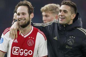 Cầu thủ Ajax vươn lên từ mác hàng thải Premier League