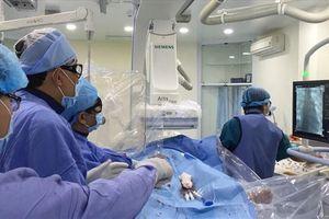 'Chê' bệnh viện tỉnh, bệnh nhân ùn ùn lên TPHCM chữa bệnh