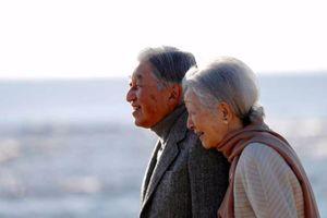 Cuộc đời Nhà Vua Nhật Akihito qua những bức ảnh