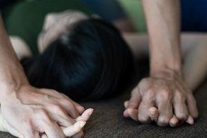 Nghệ An: Thiếu nữ bị bạn trai mới quen cưỡng hiếp trong nghĩa trang