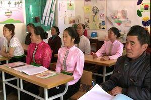 Để văn hóa dân tộc Thái như dòng suối chảy mãi không ngừng...