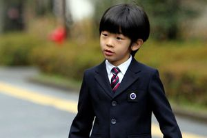 Nhật Bản bắt giữ nghi phạm đặt dao trên bàn Hoàng tử