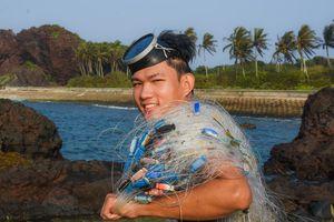 Ông chủ 9X làm du lịch bụi mê hoặc giới trẻ ở đảo Bé Lý Sơn